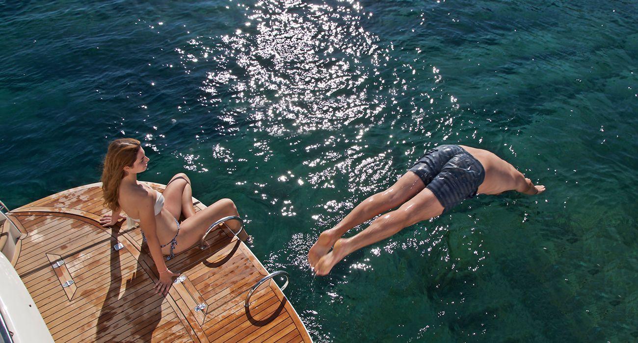 santorini-yacht-cruises-boat-3